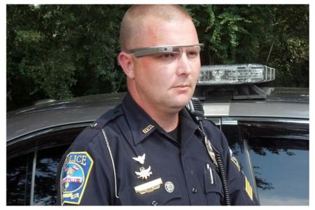 Полицейские Нью-Йорка заценили Google Glass
