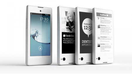 Белый YotaPhone на Android поступил в продажу