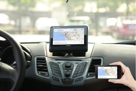 Представлен первый в мире автомобильный экран для Android-устройств
