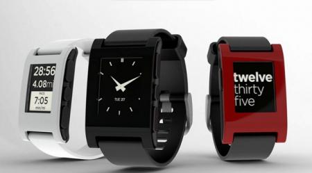Pebble продали миллион «умных» часов