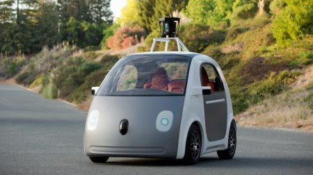 Автомобиль компании Google
